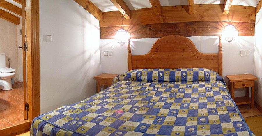 Habitación Casa Rural Pocotrigo, casa rural cantabria