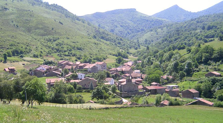 Paisajes y pueblos entorno casa rural cantabria pe arrubia for Casas de pueblo en cantabria