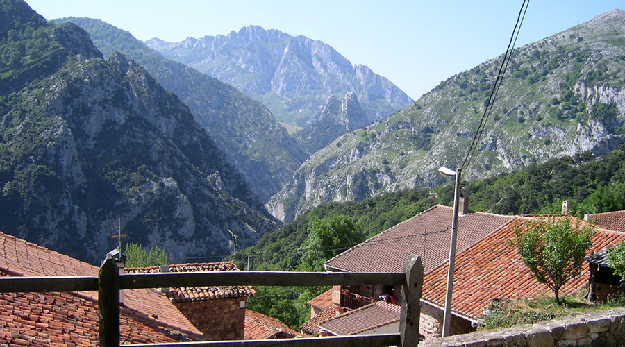 Vistas desde el exterior de la Casa Rural Pocotrigo