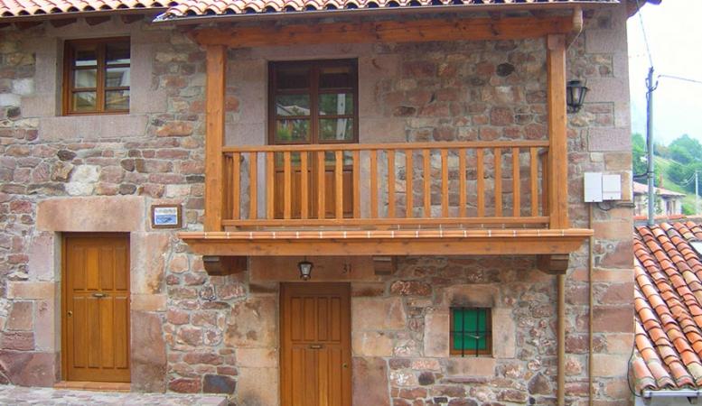 Fachada de la Casa Rural Pocotrigo